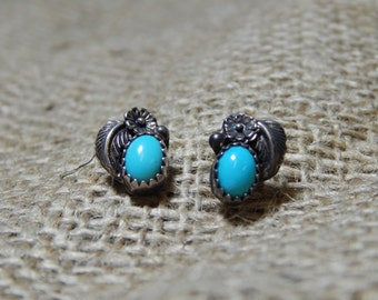 Vintage sterling silver turquoise earrings with flower and leaf, southwest style, petite post/stud earrings