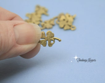 10 Four Leaf Clover Charm  Antique Gold Tone 16 x 9 mm - cg175
