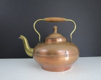 Vintage Copper Kettle // Large Wide Metal Teapot Coffee Pot B & M Metalcraft Holland Rustic Two-Tone Cookware Kitchenware Mid Century Retro