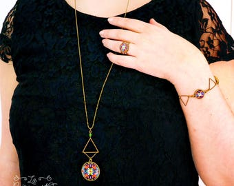 Double-sided reversible triangle necklace - choose your patterns !
