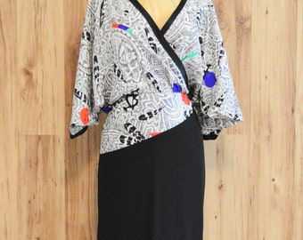 1980s Louis Feraud print wrap dress in black and white with bat sleeves, eighties Louis Féraud loose printed wrap dress