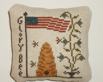 Completed Cross Stitch Primitive Patriotic Americana Pinkeep Tuck Pillow