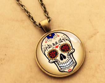 Floral Sugar Skull Necklace - Rose, Halloween Day of the Dead, Rockabilly Pendant, Tattoo Necklace, Sugarskull jewellery Mexican, skeleton