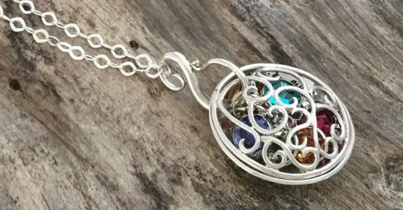 Grandma Jewelry / Grandma Gift / Gifts for Grandma / Grandma Necklace / Mom / Grandma to Be / Great Grandma / Aunt / Personalized Jewelry