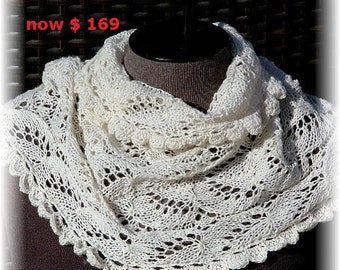 """MOTHER'S DAY SALE: Cashmere Lace Cowl / Infinity Scarf for Women / Ladies """"Lasqueti Island"""", hand knit in pure Cashmere"""