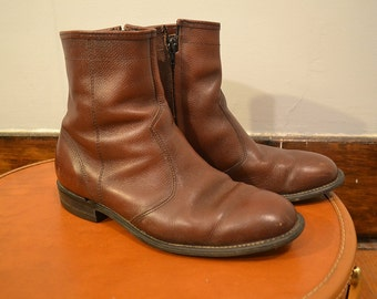 Rich Brown Grain Leather Men's 70's Florsheim Ankle Boots Size 7.5 7 1/2 or 8 / Rugged Mahogany