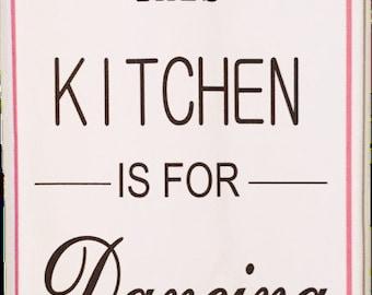 Kitchen Dancing  #5026 Cotton Huck Kitchen Towel