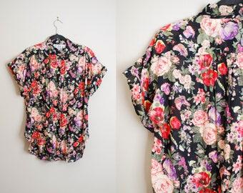 Vintage 80s Bold Floral Print Button-Up Shirt / Short Sleeve Cotton Black Floral Blouse / Size MED-LG