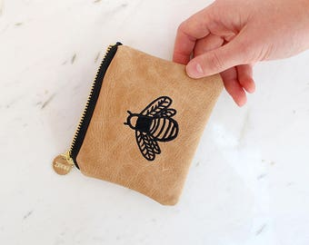 Bee Embroidered Coin Purse - Pattern Money Pouch - Genuine Leather