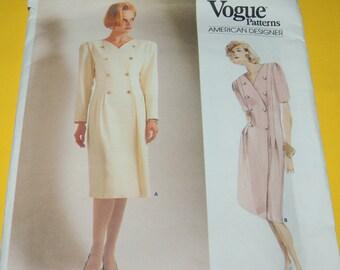 VOGUE sz 8 American Designer Albert Nipon Uncut