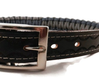 Paracord Dog Collar, Dog Collar with name tag , Leather and Paracord Adjustable Collar