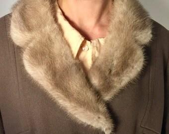 60s German Wolle, mink, viscose satin lined, yellow jasper embossed crystal, medium
