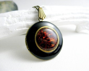 Solid Perfume Locket. Dragon's Blood Black Locket Necklace. Natural Gemstone Pendant. Jade & Antique Brass. Solid Perfume Jewelry.