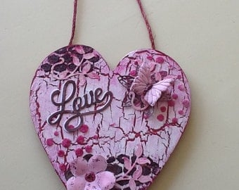 Hand Decorated Wooden Pink/Blackcurrant 'Love' Hanging Heart **Free P&P**