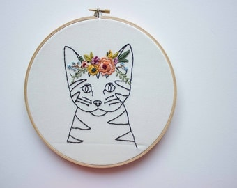 Kitty - Flower Crown Embroidery