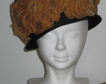 """Antique Cloche Hat / Vintage Edwardian Hat / 1910-20s Velvet CLOCHE Hat Velvet Flowers """"Chapeaux Chic New York PARIS"""" Steampunk"""