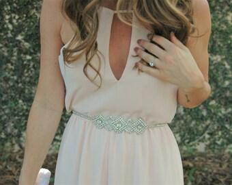 Bridal Sash, Bridal Belt, Vintage Bridal Sash, Skinny Bridal Belt, Bridal Sash belt, Swarovski Crystal Belt, Delicate Bridal Belt, Petite