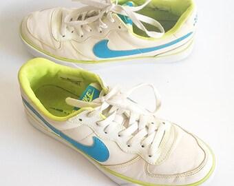 Vintage Nike shoes, white leather sneakers, women , men trainers, walking shoes, retro hip hop shoes, lace up sneakers, EU40, US 8.5