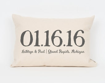 Wedding Date Pillow, Custom Wedding Gift, Anniversary Gift, Custom Date Pillow, Couples Pillow, Wedding Location, Wedding Shower Gift