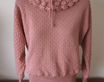 Pretty in pink 70's crochet collar long sleeved top M/L