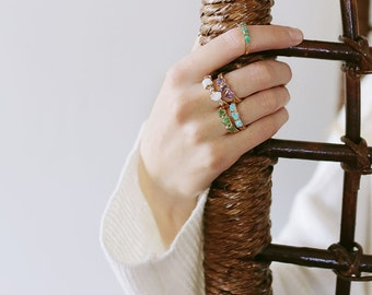 raw emerald ring / emerald ring / natural emerald ring / emerald stacking ring / may birthstone / dainty emerald ring / rough emerald