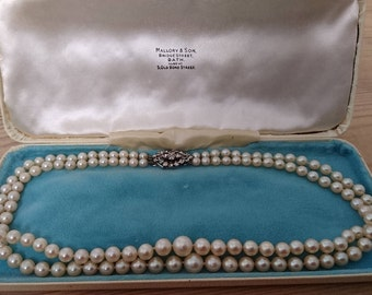 Vintage boxed Mallory and son cultured two strand pearl necklace