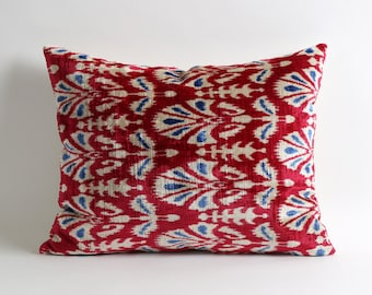 Bohemian red velvet throw pillow cover // ethnic home decor 16x20 // silk velvet ikat pillow // red velvet pillow