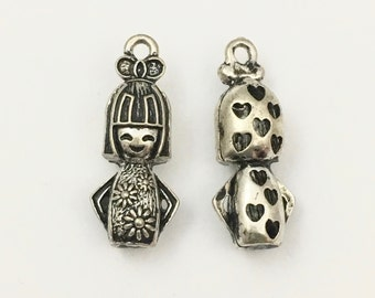 2 kokeshi doll  3D antique silver charms, 13mm x 30mm# CH 439