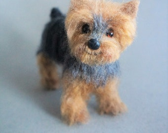 Custom-made Dog Portrait Yorkshire Terrier, Needle Felted Yorkie, Fur Baby Portrait, 3D Dog Sculpture Figurine, Pet Memorial, Miniature