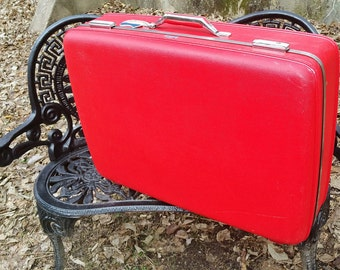 Lipstick Red American Tourister Tiara 26 inch Suitcase