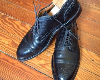 Newer Vintage Alden Black Medallion Cap Toe Shoes 10D