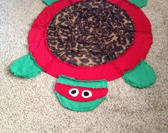 Ninja Turtle look alike== quilt/rug/wall hanging-Red