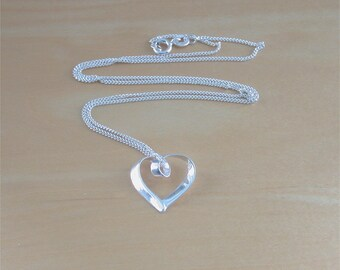 """925 Silver Heart Pendant & 18"""" Sterling Silver Chain/Heart Jewellery/Heart Necklace/Heart Jewelry/ Heart Charm Necklace/"""