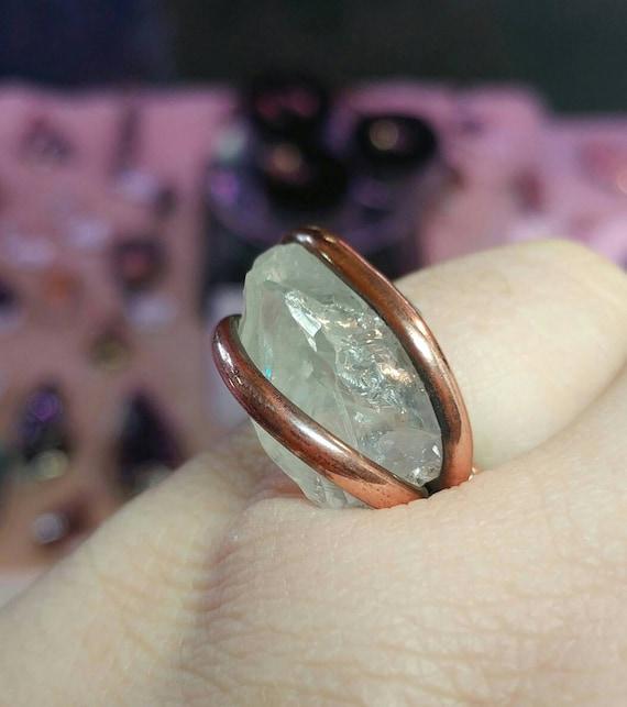 Raw Crystal Ring | Raw Quartz Crystal Ring | Hammered Copper Ring Sz 6.5 | Raw Quartz Ring | Uncut Crystal Ring | Raw Stone Ring