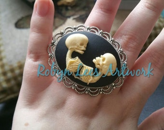 Large Conjoined Twins Skeleton Adjustable Ring in Silver Cabochon Base. Gothic Anatomy, Victorian Anatomical, Steampunk Costume