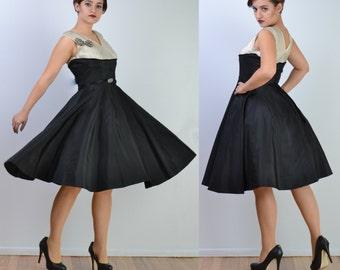 vintage 50s Party Dress   Silver Metallic FULL CIRCLE SKIRT Wedding Prom Dress   Rhinestone Bow