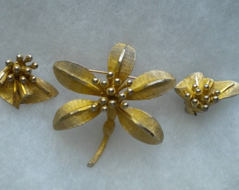 Vintage 60s BSK signed gold Flower Brooch and Earring Set FREE Shipping