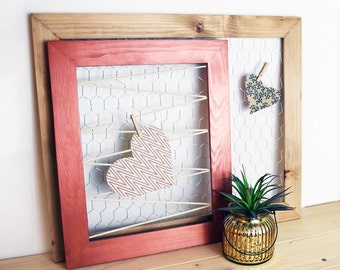 Chicken Wire Frame, Wood Frame, Photo Holder, Place Card Holder, Accessories Rack, Jewelry Organizer, Boho Wall Art
