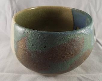 Small ceramic bowl (G)