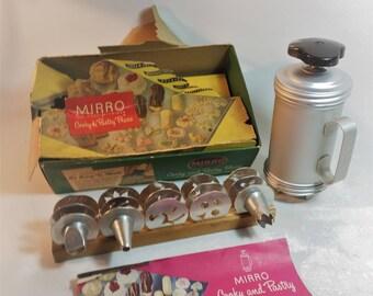 Vintage Mirro Cookie, Dessert, Appetizer Press