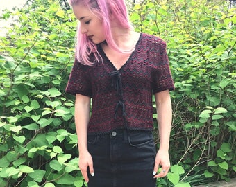 Boho Vintage 90s does 70s Deep Red and Black V-Neck Crochet Knit Woven Button up Crop Top Shirt Size Small / Medium