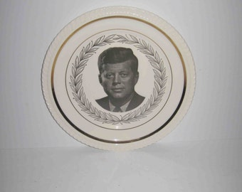 Vintage In Memoriam President John F. Kennedy White Plate with gold trim