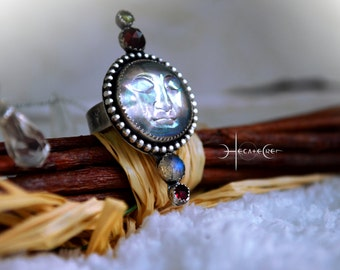Moon Face Silver Ring - Moon Phases  - Size US 8 - Moonstone Statement Silver Ring - Aura Glass Moon Carving - Garnet, Prehnite, Labradorite
