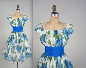 Vintage 1950s dress // 50s floral novelty print dress // 50s prom dress