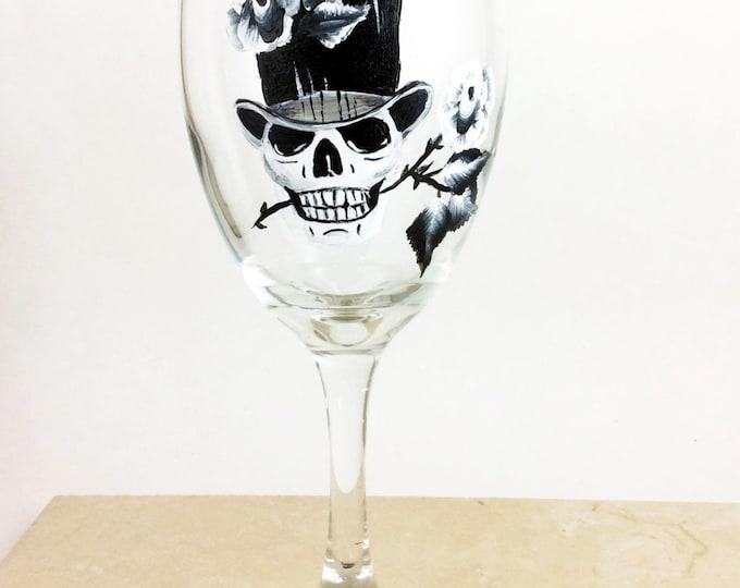 Skull wine glasses, Sugar Skulls, Dia de Los Muertos, Custom wine glass, Day of the Dead, Gift for him, Creepy cute, wedding gift, skulls