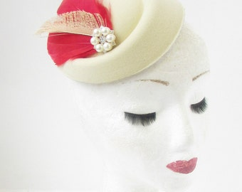 Cream Red Ivory Feather Pillbox Hat Races Hair Fascinator Headpiece Vintage 2175