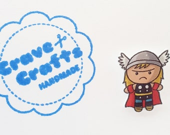 Superhero inspired pin/brooch/tie tack : Thor lookalike