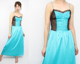 Vintage 70's 80's Teal Blue Mermaid Slip / 1970's Lingerie / Lace / Floor Length / Women's Size Small