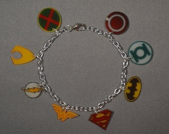 DC's Justice League Charm Bracelet - Superman, Batman, Wonder Woman, The Flash, Green Lantern, Aquaman, Comics, Superheroes, DC Comics