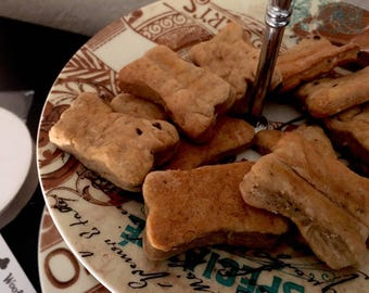Homemade All Natural Dog Cookies Biscuits Treats by Poochkies